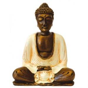 Buddha im Thail Style in meditierender Haltung