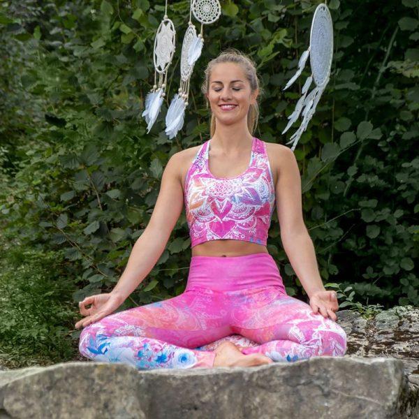 Yoga Legging und Bra Bravery Meditation