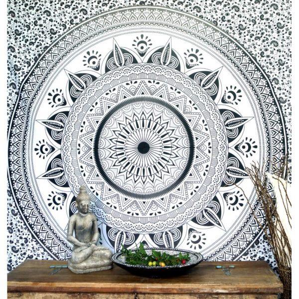 Mandala Wandbehang oder Tagesdecke aus Indien schwarz-weiss