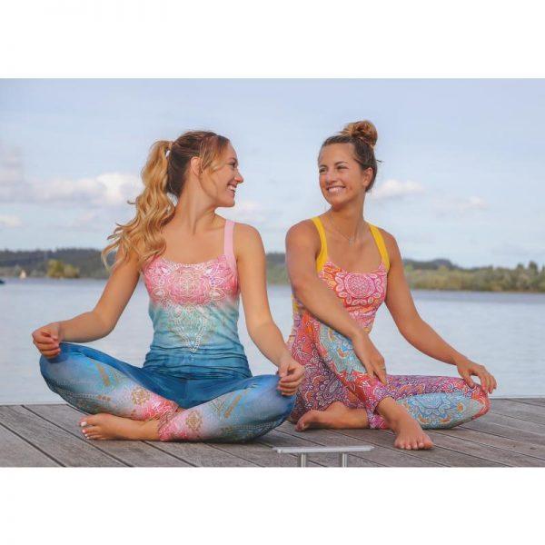 Spirit of OM bunte Yogatops und Leggings